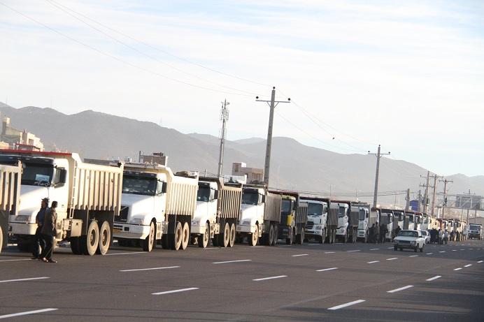 تجمع کامیون داران در زنجان