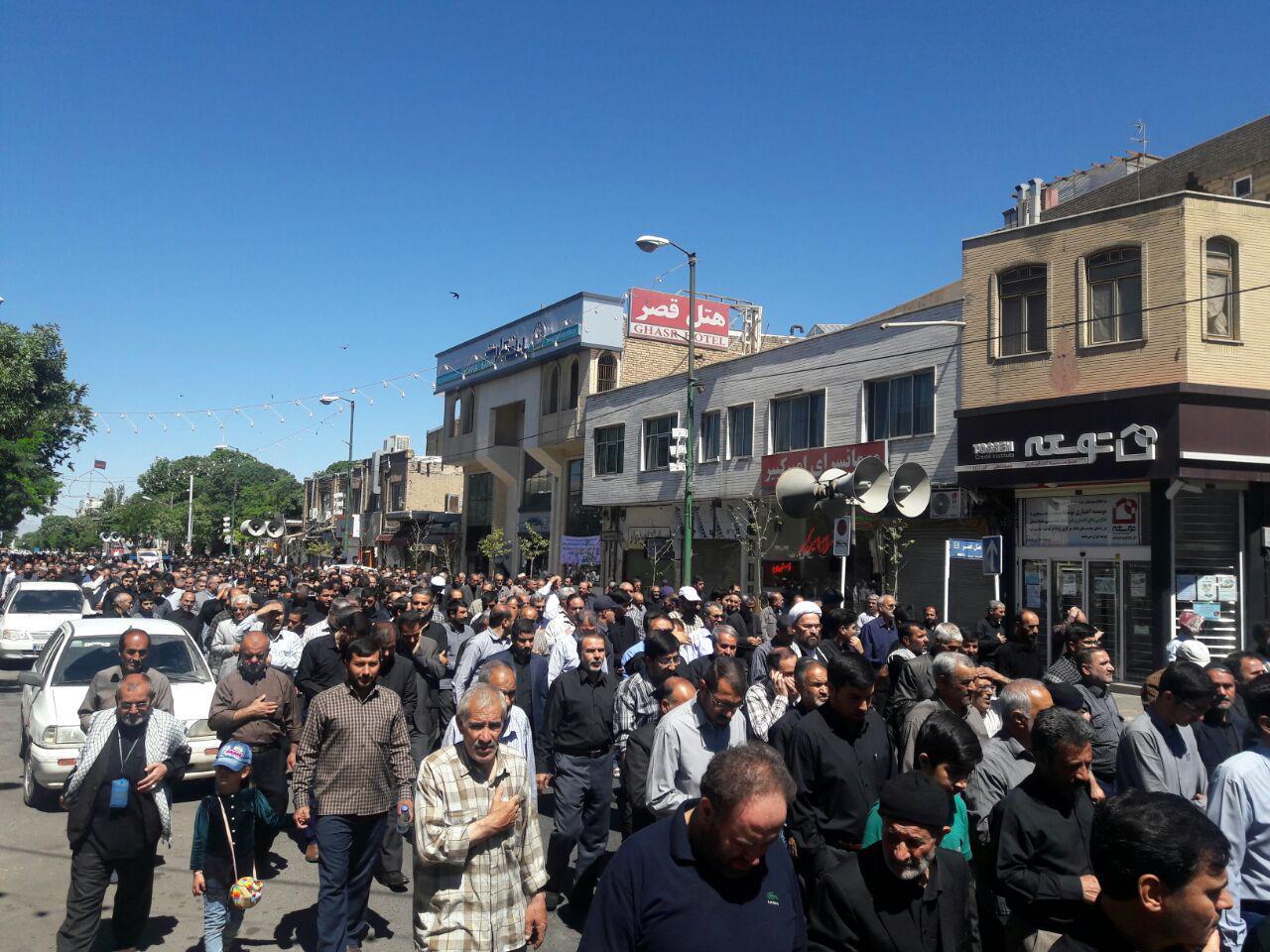 دسته عزاداری حسینیه اعظم به مناسبت رحلت امام خمینی(ره)+ تصاویر